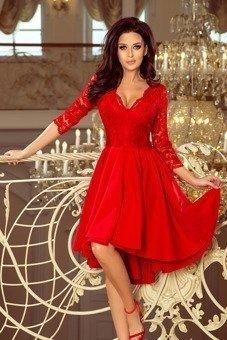 NICOLLE - sukienka z dłuższym tyłem - czerwony