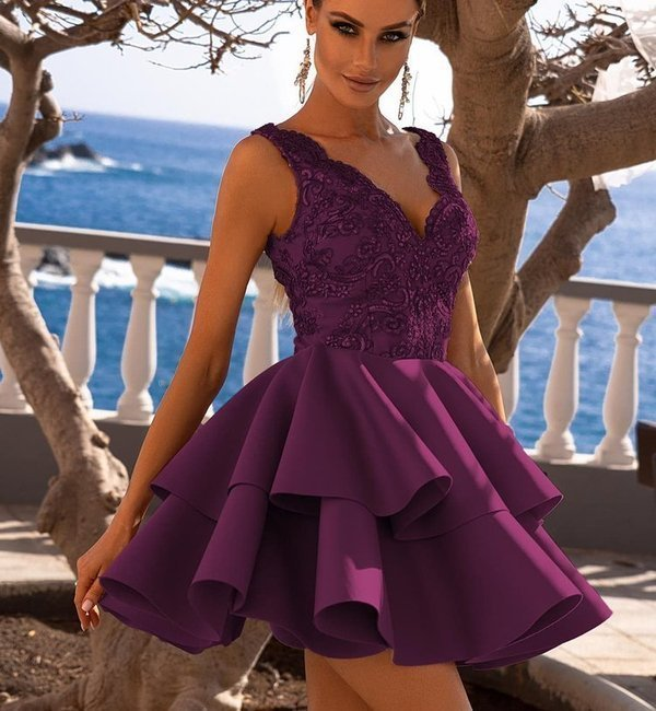 Sukienka ANA koronkowa z podwójną falbanką - śliwka